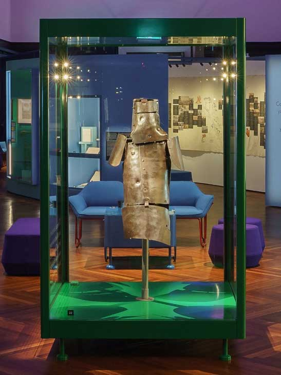 European Museum Technology provides Museum Standard showcase fabrication, auditing and maintenance for renown museums around the world.